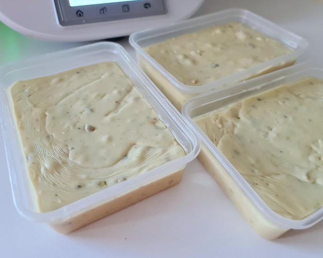 turrón-chocolate-blanco-pistachos-baileys
