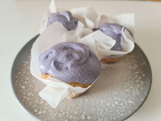 muffins-arandanos-cobertura-queso-crema